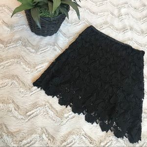 Express High-Waisted Lace Black Mini Skirt sz 2